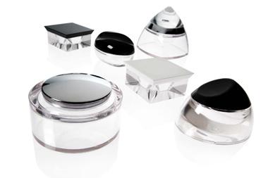 Embalagens de luxo criadas por Rosen com o plástico Glass Polymer