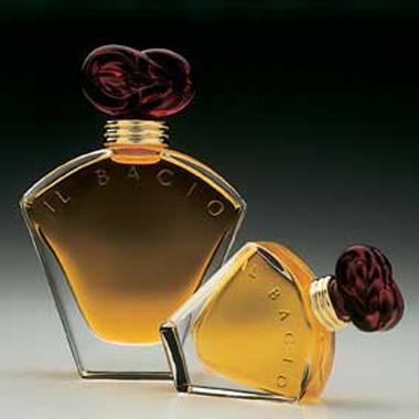 Il Bacio, embalagem  simbolizando o eternoa amor