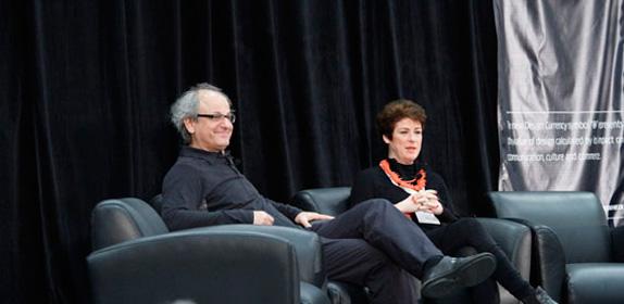 Ronald participa de congresso sobre design em Vancouver