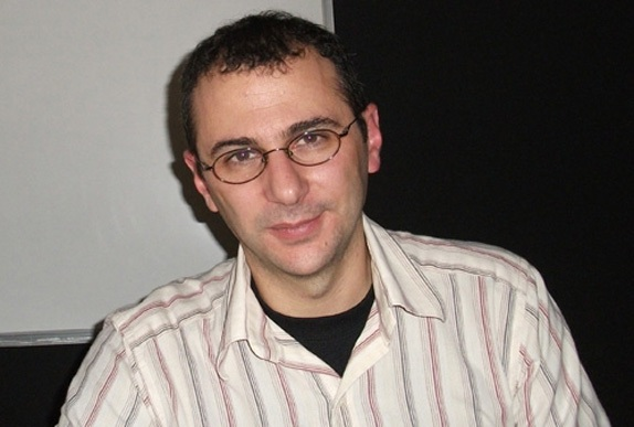 José Scaglione, que abordou combinação tipográfica