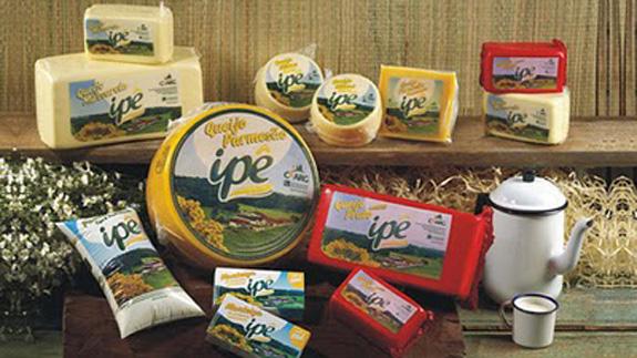 Embalagens da Laticínios Ipê criadas pela Fonte 31, com apoio Sebrae/Abre