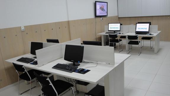 Laboratório da Unifei, que irá ensinar Tecnomatix