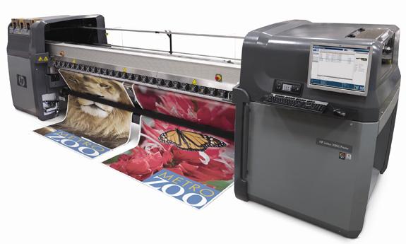 HPScitex LX800 utiliza a tinta látex que aumenta a versatilidade do equipamento