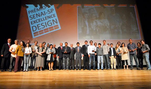 Ganhadores do troféu ouro nas categorias Ambiente, Corpo, Inter-relações e Transformação