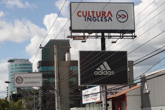 Em torno de 70% das faces da grande Porto Alegre não estão em conformidade com as leis