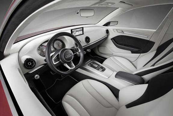 O interior do Audi A3 Concept apresenta proporções generosas e conforto para as pernas