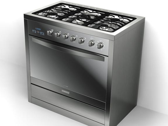 O forno, com 105 litros de capacidade, tem vidro triplo espelhado, tem controle digital Blue Touch