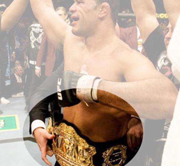 O cinturão de campeão foi escolhido como signo da marca e dos produtos