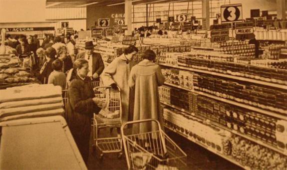 Nos anos 50 o supermercado revolucionou o design das embalagens no Bras