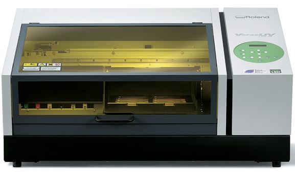 LEF-12 fixa a imagem  diretamente em uma grande variedade de objetos com espessura de até 10 cm