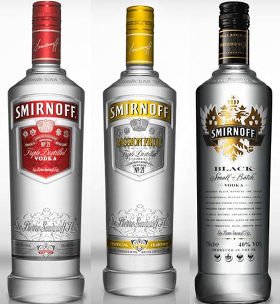 Embalagens das vodcas Smirnoff 21, Smirnoff Twist Maracujá e Smirnoff Black