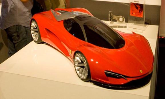 Samir Sadikhov, do IED de Turim, criou a Ferrari Xezri com a qual se classificou em 2º lugar