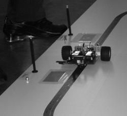 Sistema gerencia trabalho de robô em linha de produção