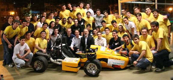 Alunos da Escola de Engenharia São Carlos da USP, desenham carros da Fórmula SAE no Solid Edge