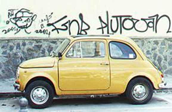 Fiat 500, desenhado por Dante Giacosa, que foi produzido entre 1957 e 1975