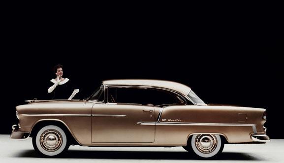 """Aletas aerodinâmicas do Chevy Bel Air, lançado em 1955, representaram """"Era do Jato"""""""