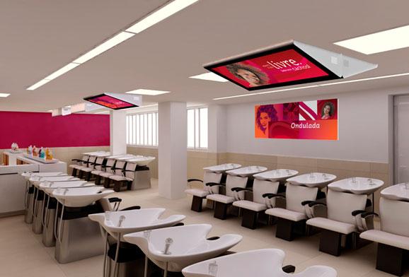 Além do projeto arquitetônico, os designers da Crama desenharam os ambinetes internos e móveis