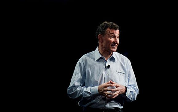 Bernard Charlés, CEO da Dassault Systèmes, anunciou números que sustentam crecimento da SolidWorks