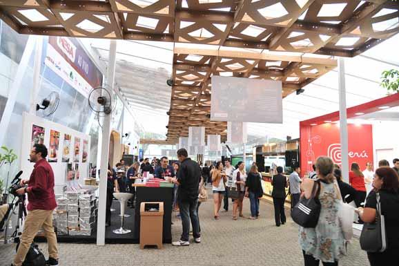 Estrutura da Mesa SP concebida pelas alunos de design e arquitetura e urbanismo do Senac