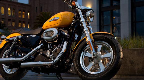 Harley-Davidson Custom 2013, que está sendo lançada no mercado brasileiro