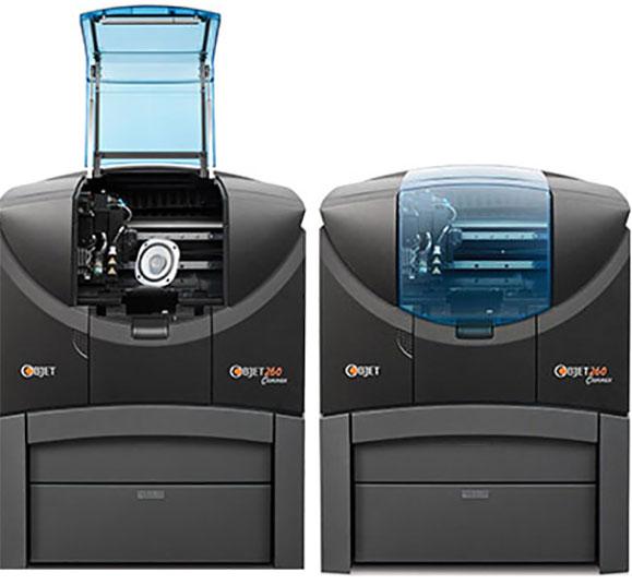 Impressora 3D Objet260 Connex da Stratasys opera com múltiplos materiais e pode ser usada no escritório