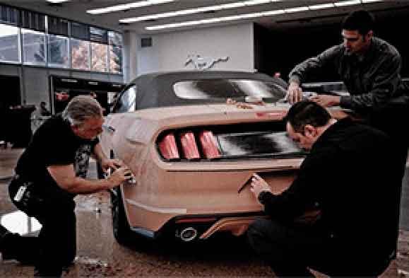 Modelo em clay (argila) do novo KA é apresentado no Salão do Automóvel em SP