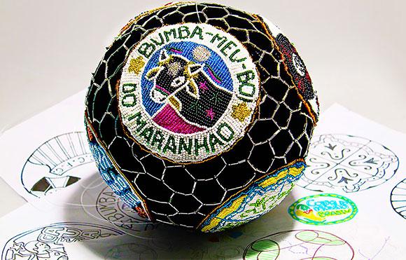 Bola da Copa Fifa 2014 customizada pela Quadrante em parceria com o Boi da Floresta