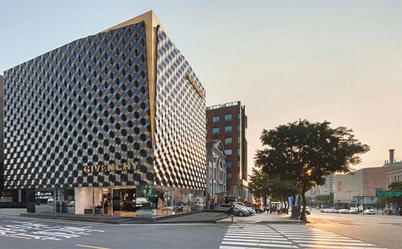 Loja da Givenchy  em Seul, Coreia, concebida pela Piuarch inova em design de fachada e interior